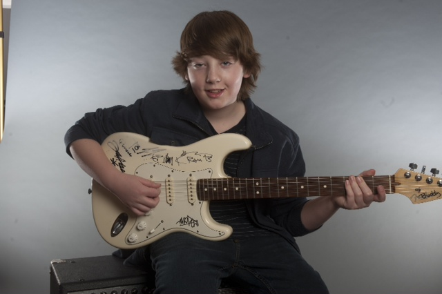 pre teen guitar prodigy set to open for buddy guy at the z limelight magazine. Black Bedroom Furniture Sets. Home Design Ideas