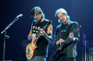 From left, Tom Scholz and Gary Pihl from BOSTON (Photo by Jon Viscott/www.GonnaHitchARide.com)