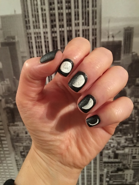 moon-phase-nails